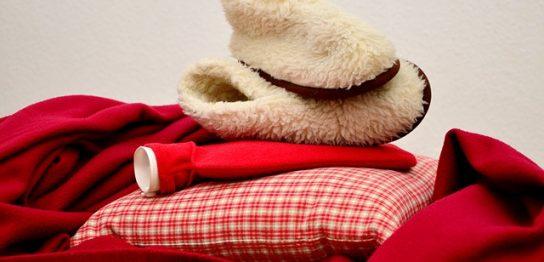 靴下と湯たんぽと枕
